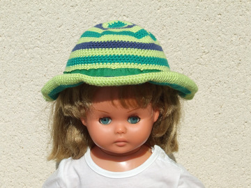 Sale retail: Chapeau au crochet