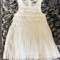 Ilmoitus: Pienen morsiustytön mekko 92cm