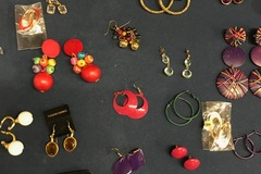 Bulk Lot: 900 Pairs of Fashion Earrings - Brand New - $ 0.11/Per Pair!