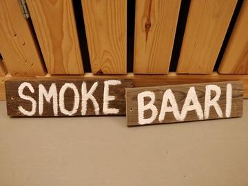 Ilmoitus: Baari ja Smoke -kyltit