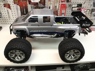 Selling: Used Losi XXL Monster Truck