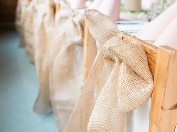 Ilmoitus: Myydään rusetti-koristeita tuoleihin