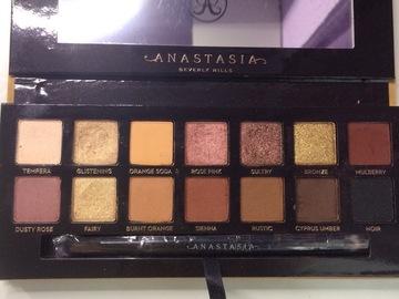 Venta: Soft Glam Anastasia Beverly Hills. REBAJO DE 35€ A 30€
