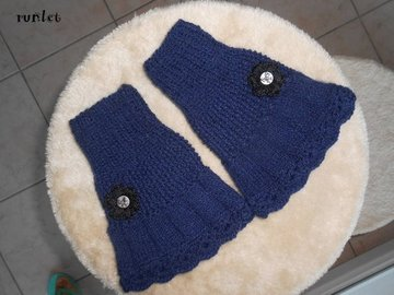 Vente au détail: mitaines femme en laine bleu marine/manchette hiver/cadeau d
