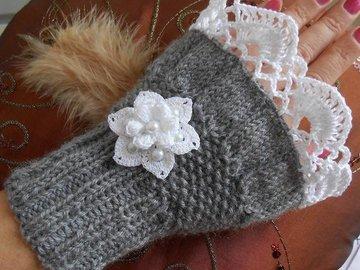 Vente au détail: manchettes mitaines en laine grise ,mitaines chaude tricoté