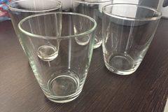 Myydään: glasses