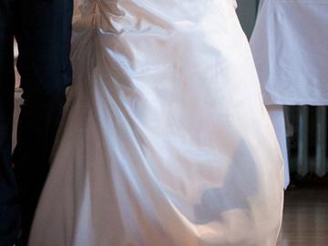 Ilmoitus: Kaunis kaksiosaisen puvun helmaosa + vannehame