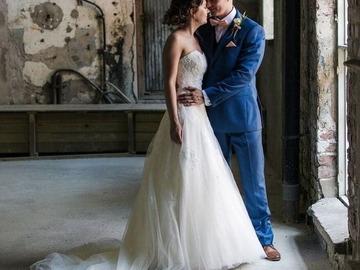 Ilmoitus: Helsingin Zazabellasta ostettu Lilly mekko, väri Ivory