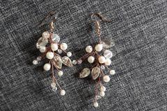 Ilmoitus: Korvakorut helmillä ja timanteilla