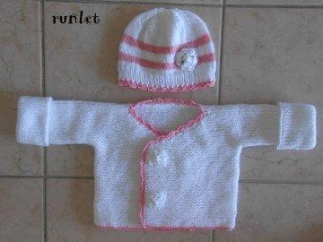 Vente au détail: ensemble bebe fille en laine blanche,bonnet et pull,brassièr