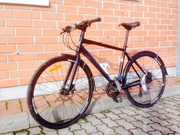 "Myydään: Trek 7.4 FX Disc  28"" 2016 hybrid bike"