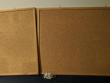 Myydään: wood boards+pins