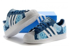 Vente avec paiement en ligne: Femme Adidas Originals Superstar bleu