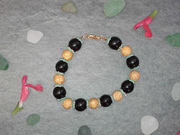 Vente au détail: Bracelet Chenille de printemps
