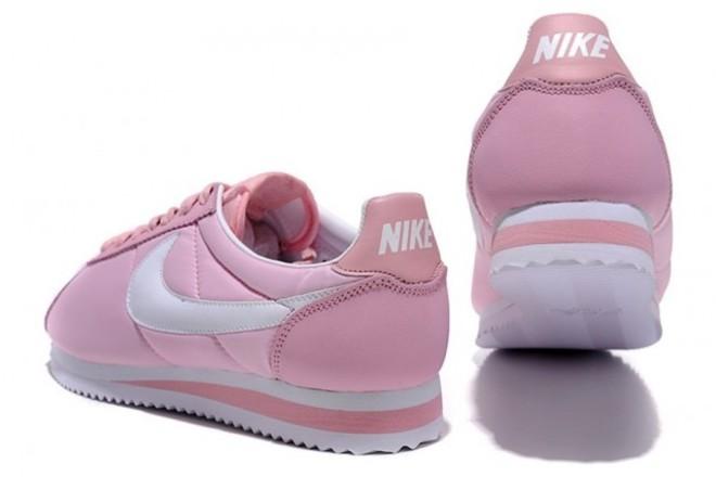new style e3179 09317 Femme Nike Cortez Poudre