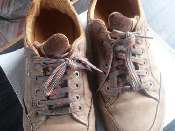 Myydään: Shoes (size 42, winter)