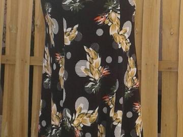 Sale retail: jupe flamenco noir jaune et blanc