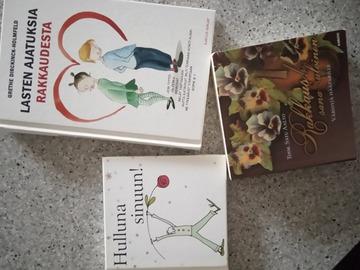 Ilmoitus: Myydään kolme runokirjaa