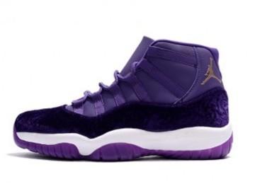 Vente avec paiement en ligne: Homme Nike Air Jordan 11 Violet
