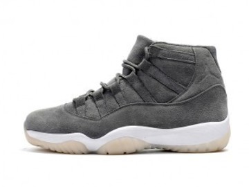Vente avec paiement en ligne: Homme Nike Air Jordan 11 Gris
