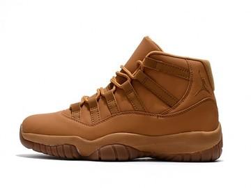 Vente avec paiement en ligne: Homme Nike Air Jordan 11 Jaune