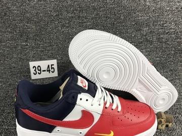 Vente avec paiement en ligne: Homme Nike Air Force 1 Rouge/Blanc/Bleu