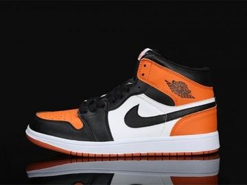 Vente avec paiement en ligne: Femme/Homme Nike Air Jordan 1 Noir/ Blanc/ Orange