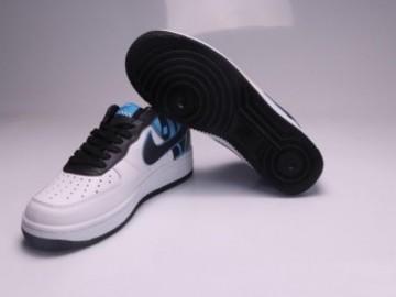 Vente avec paiement en ligne: Femme/Homme Nike Air Force 1 Blanc/Noir/Bleu