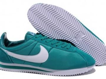 Vente avec paiement en ligne: Homme Nike Cortez Vert