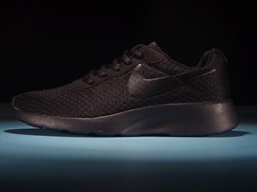 Vente avec paiement en ligne: Homme Nike Tanjun Noir