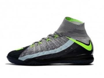 Vente avec paiement en ligne: Homme Nike HypervenomX Proximo II DF IC Noir/Gris