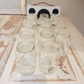 Ilmoitus: Lasipurkkeja ja viinipullonkorkkeja