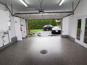 Gartage rental - test2: Oppvarmet garasje til leie!