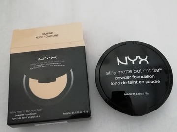 Venta: Stay matte but not flat base en polvo Nyx (en tienda 11.9€)