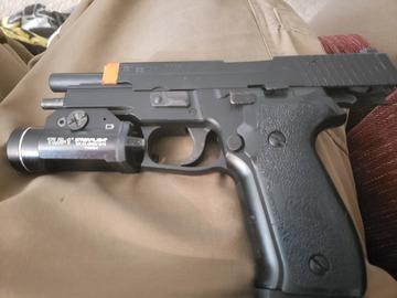 Selling: Tokyo Marui P226
