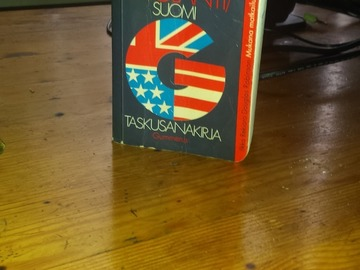 Selling: Finnish to english pocket dictionary