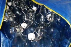 Ilmoitus: 30 kpl Ikean korkillisia vesipulloja kätevässä paketissa