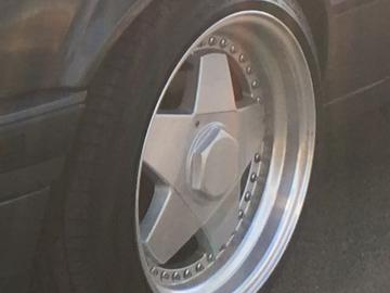 Selling: Bmw wheels