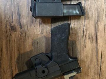 Selling: tokyo mauri glock 17