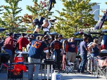 Paid Events: Bears vs Patriots Tailgate at 18th St.