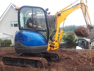 Hourly Equipment Rental: JCB 2.5Te Excavator - operated