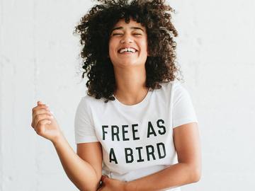 Vente avec paiement en ligne:  Femmes T-shirt La D'origine Maman Oiseau T-shirt Blanc
