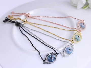 Selling with online payment: Stunning Eye Charm Bracelet