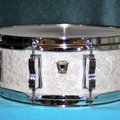 "Selling with online payment: 2016 Ludwig Classic Maple Snare Drum - 5"" x 14"" - White Mari"