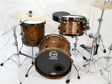 Selling with online payment: 2016 Cogs Walnut Drum Kit. Natural finish. 12/14/18 sizes. E
