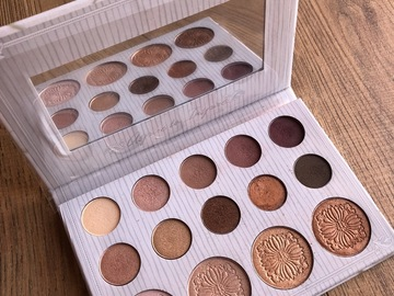 Venta: Paleta BH Cosmetics por Carli Bybel