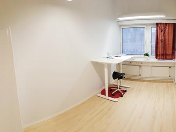 Renting out: 9m² työhuone Malmin aseman välittömässä läheisyydessä