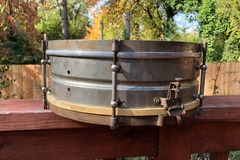 Selling with online payment: Leedy Nickel Over Brass Snare Drum