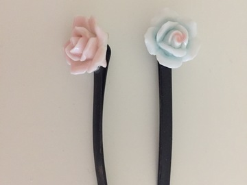 Selling: Hairpin Hair accessories