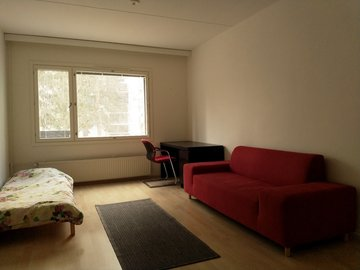Renting out: Sharing a furnished room close to Aalto University
